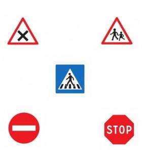 Lot de 5 panneaux de signalisation routière